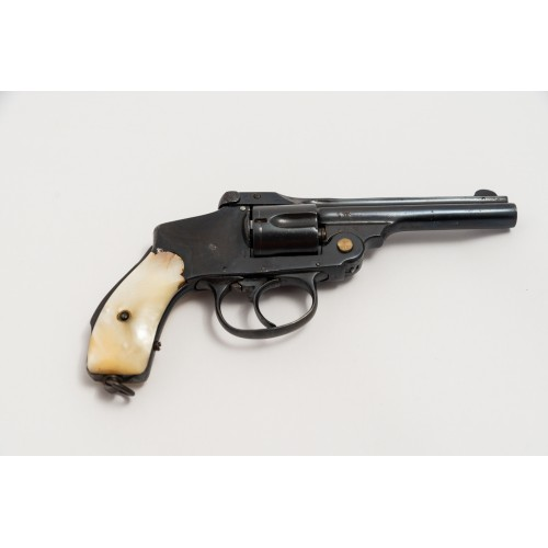SMITH & WESSON 3 HAMMERLESS cal .32sw